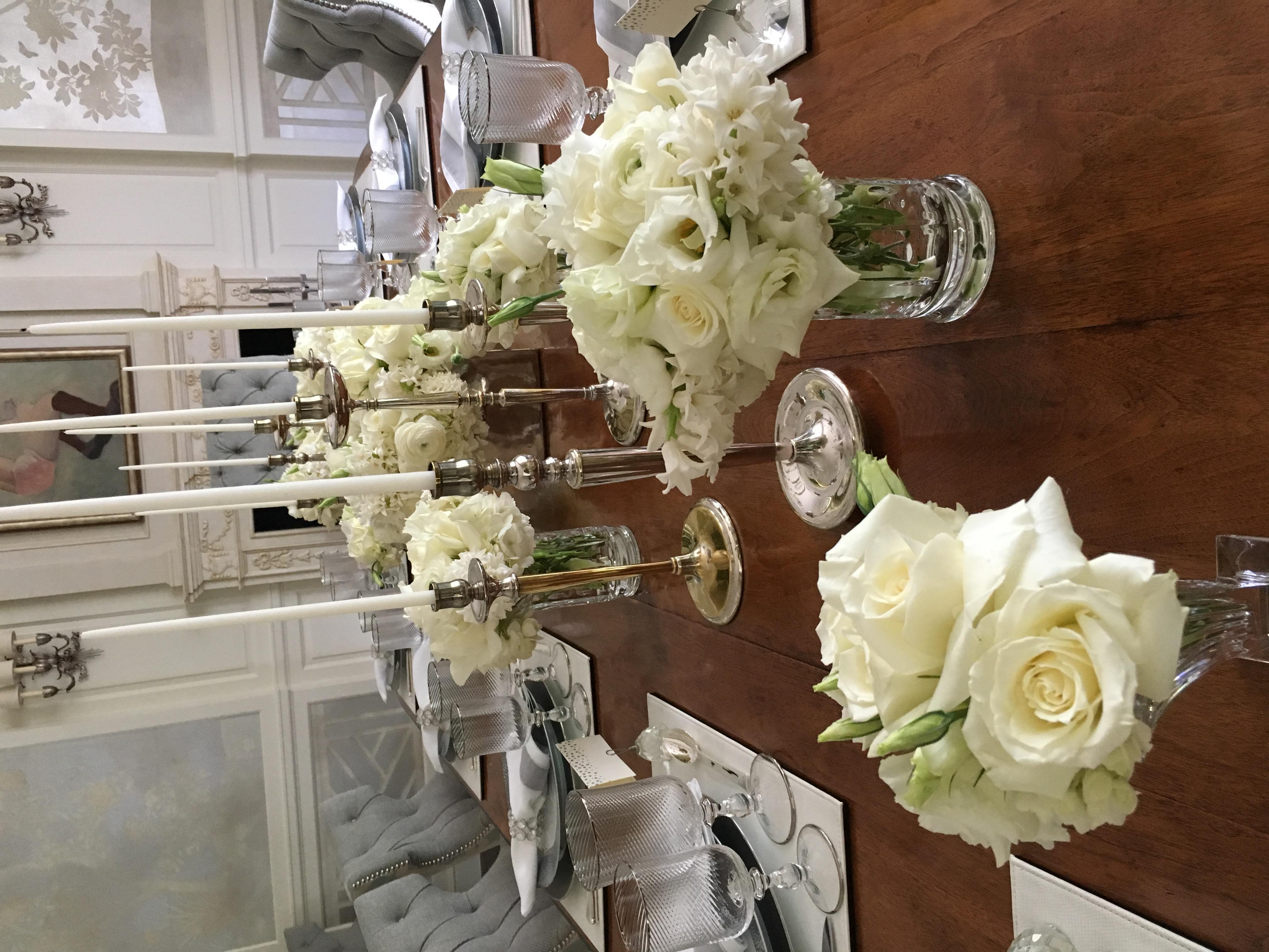 An Elegant Evening of White Velene's Floral